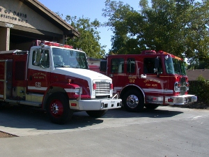 2003.09.22-fire-station-32-(300x225)