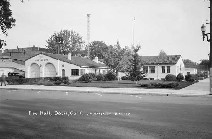 1944 City Hall from Eastman Collection at UC Davis