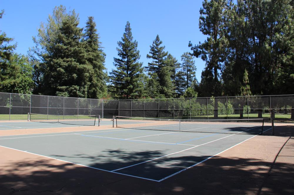 Slide Hill Park - Tennis Courts(2)