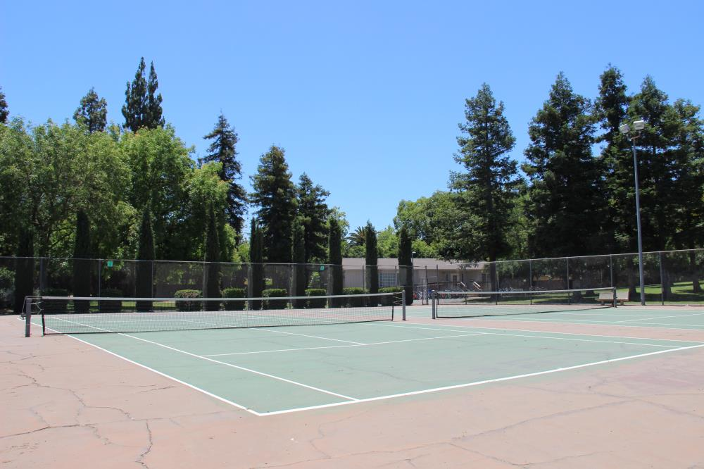 Redwood Park - Tennis Courts(3)