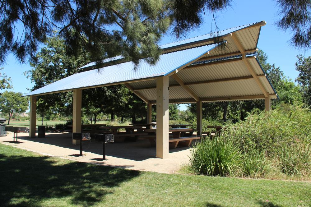 Mace Ranch Park - Picnic Area(1)